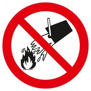Verbotsschild Mit Wasser löschen verboten