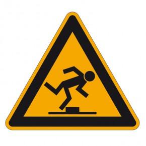 Warnschild Stolpergefahr