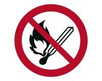 Verbotsschild Feuer und offenes Licht verboten - keine offene Flamme, offene Zuendquelle und Rauchen verboten - P003